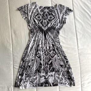 Women's Apt 9 black Empire White Flowy dress